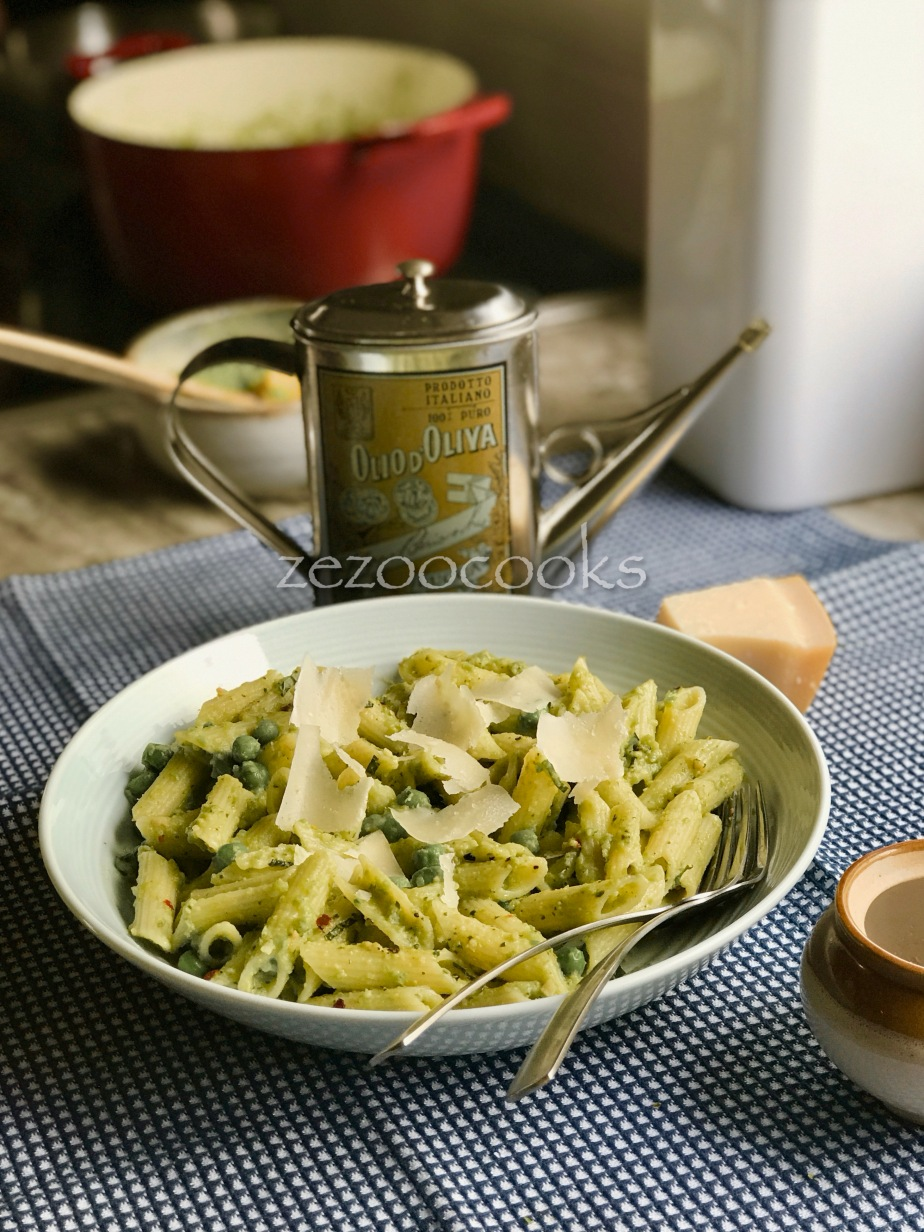 Pasta with Pea-Mint Pesto